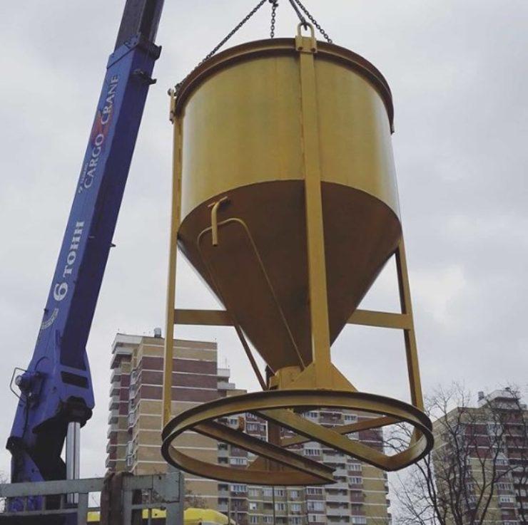 Подача бункера для бетона